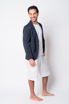 Przystojny biznesmen latynoski na sobie garnitur