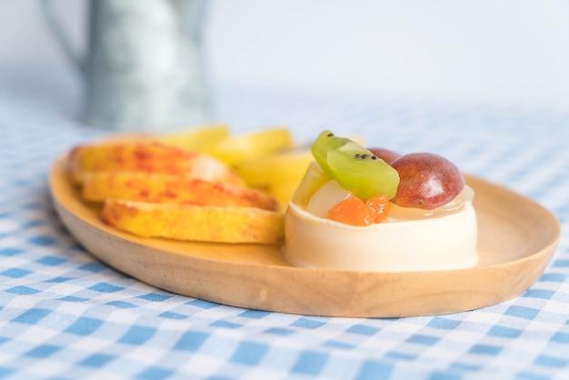 Pudding owoce z kiwi i jabłko