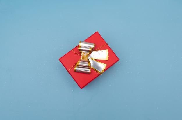 Pudełka na prezent na jasnoniebieski