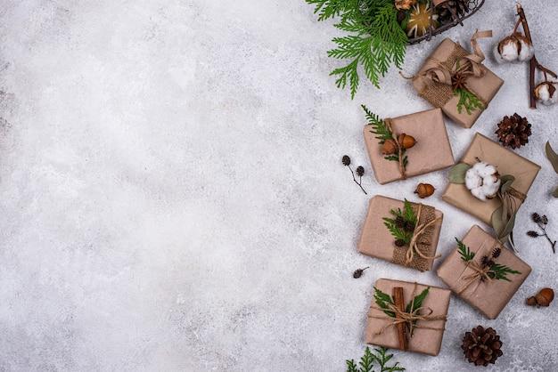 Pudełka na prezenty świąteczne w ekologicznym opakowaniu z papieru kraftowego zero waste