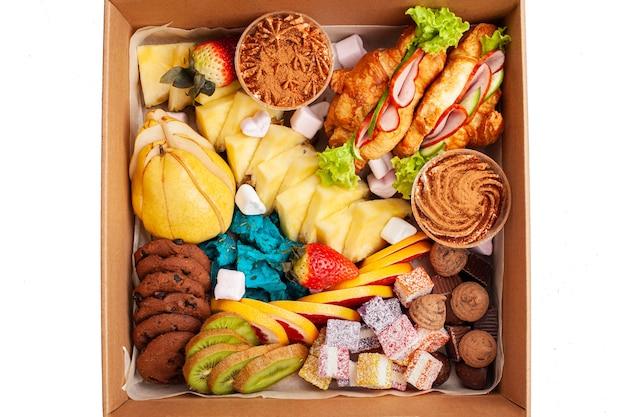 Pudełko gastronomiczne, żywność. żywnościowy.