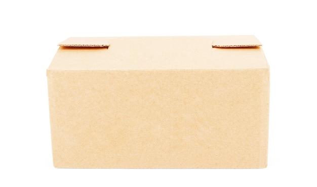 Pudełko kartonowe na białym tle