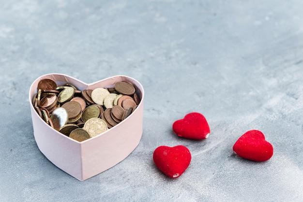 Pudełko na darowizny w kształcie serca na wypadek awarii