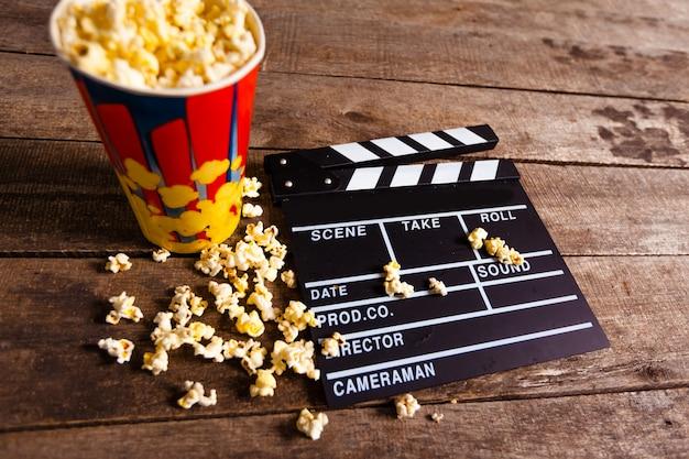 Pudełko na popcorn z deską klapy