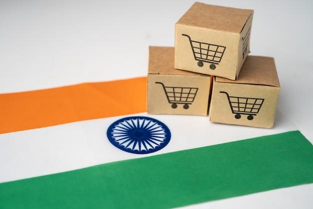 Pudełko z logo koszyka i flagą indii