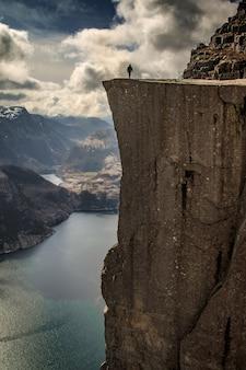 Pulpit rock norwegia preikestolen