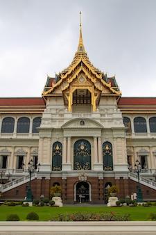 Punkt orientacyjny wielkiego pałacu królewskiego w bangkoku w tajlandii