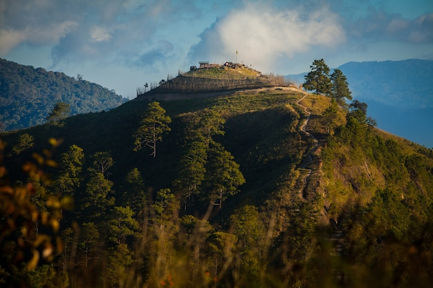 Punktu widzenia na górach doi ang khang, chiang mai