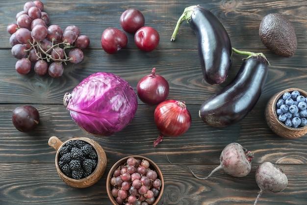 Purpurowe owoce i warzywa