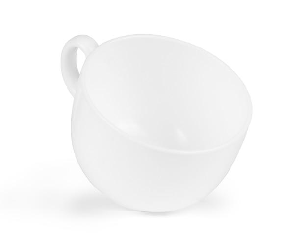Pusta biała filiżanka kawy na białym tle