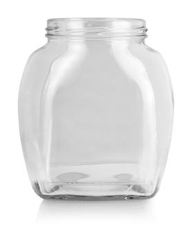 Pusta butelka szklana na białym tle.