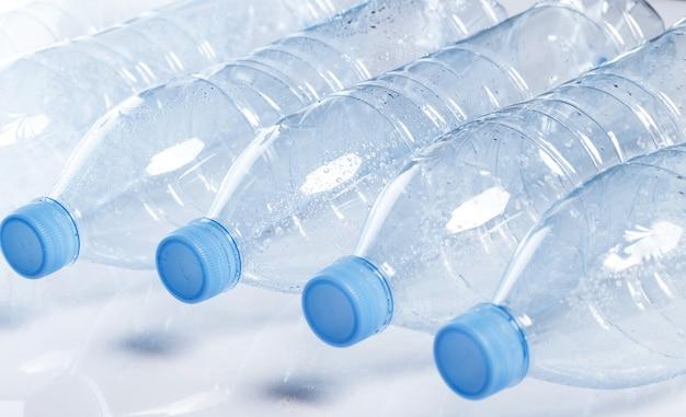 Pusta butelka wody