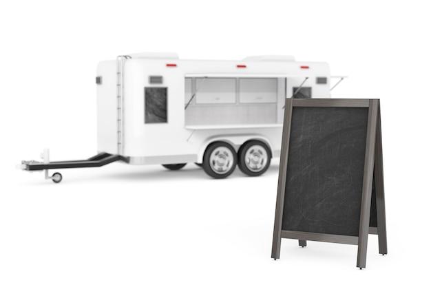 Pusta drewniana tablica menu na zewnątrz wyświetlacz w pobliżu airstream caravan food truck na białym tle. renderowanie 3d