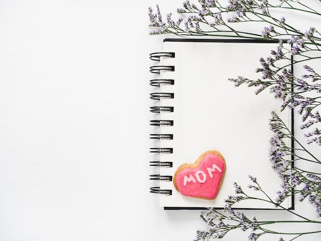 Pusta strona na twój napis z życzeniami