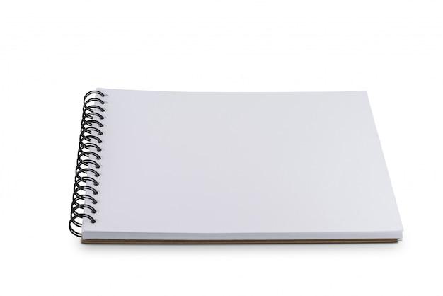 Pusta strona notatnik lub szkicownik na białym tle