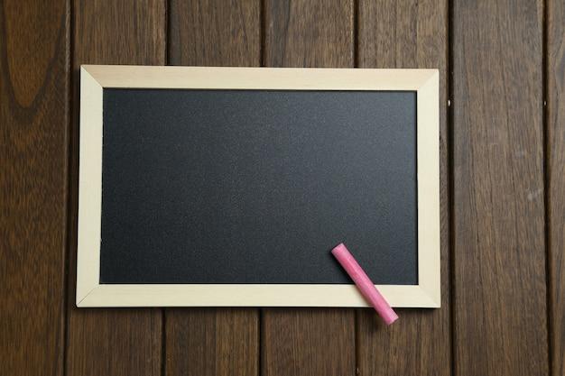 Pusta tablica na vintage drewniane t? o