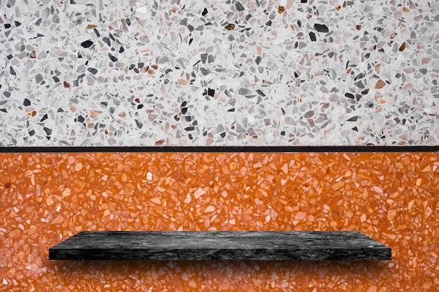 Puste góry czarne marmurowe półki kamienne na tle lastryko, wyświetlacz produktu