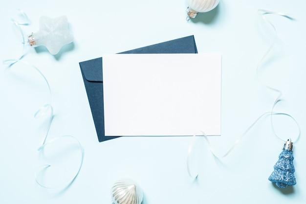 Puste kartki świąteczne i dekoracje