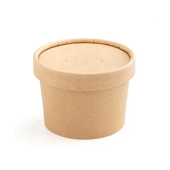 Puste opakowanie papierowy kubek kraft do makiety do projektowania produktów ekologicznych na białym tle ze ścieżką przycinającą