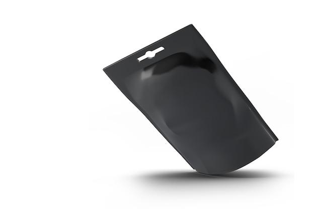 Puste opakowanie przekąsek z czarnej folii. na białym tle zawiera ścieżkę przycinającą