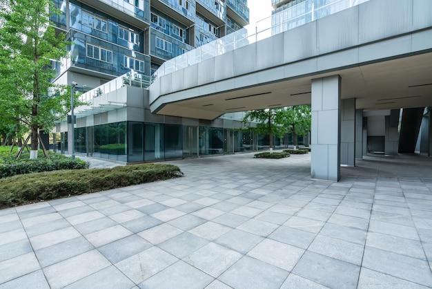 Puste podłogi i budynki biurowe w centrum finansowym, chongqing, chiny