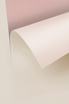 Pusty beżowy papier rzemieślniczy