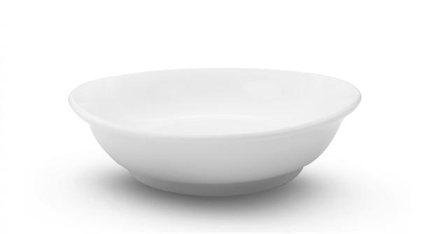 Pusty biały ceramics puchar na białym tle