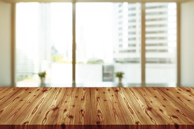 Pusty drewniany blat z niewyraźne kawiarnia, kawiarnia, bar