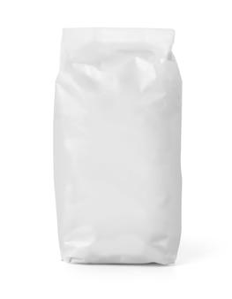 Pusty pakiet worek papierowy mąki na białym tle biały ze ścieżką przycinającą