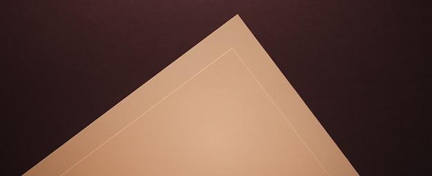 Pusty papierowy beż na ciemnym tle jako materiały biurowe flatlay luksusowy branding płaski projekt i tożsamość marki dla makiet