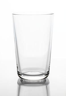 Pusty pije szklany makro- strzał