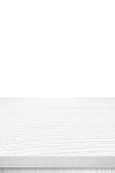 Pusty pionowy biały drewniany blat, biurko na białym tle
