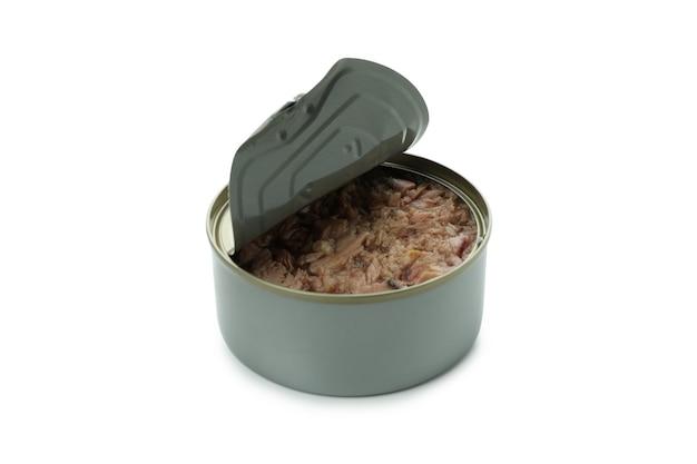 Pusty tuńczyk w puszkach na białym tle