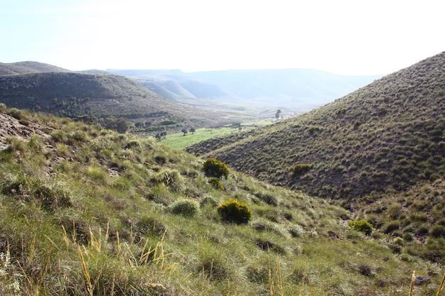 Pustynia cabo de gata almeria w hiszpanii odkrywa piękny krajobraz