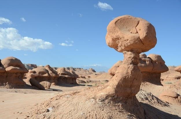 Pustynna sceneria goblin skały rock valley utah