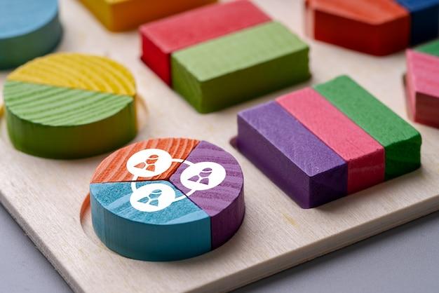Puzzle biznesowe i hr kolorowe wykresy kołowe