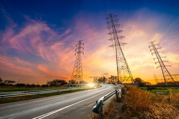Pylon energii elektrycznej