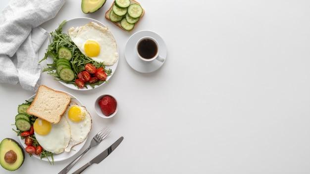Pyszna kompozycja posiłków śniadaniowych