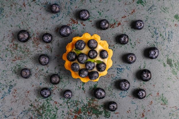 Pyszna letnia tarta jagodowa domowej roboty