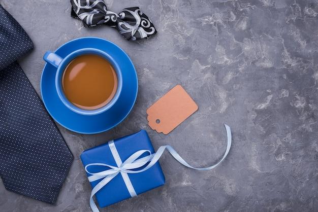 Pyszna poranna kawa i kopia przestrzeń dzień ojca