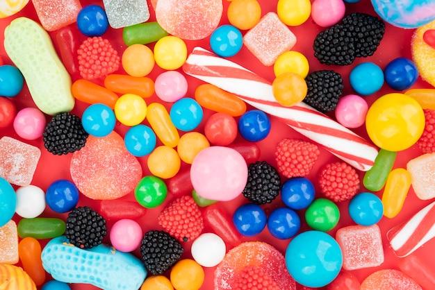 Pyszne asortymenty cukierków smakowych