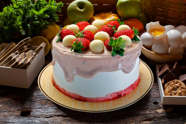 Pyszne ciasto truskawkowe