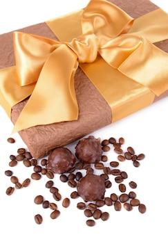 Pyszne czekoladki w pudełku z bliska