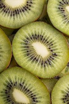 Pyszne owoce kiwi powyżej widoku