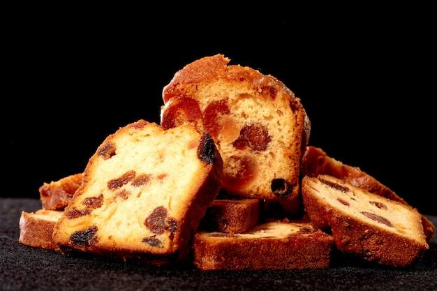 Pyszne suszone ciasto owocowe