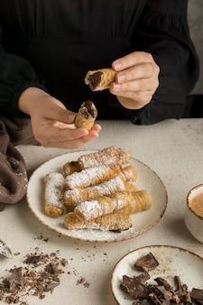 Pyszne tradycyjne danie tequenos