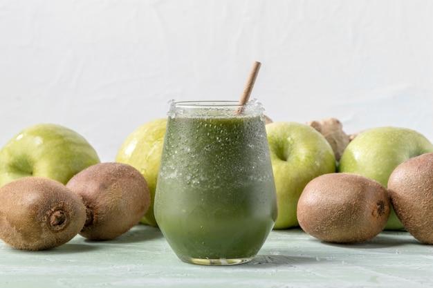 Pyszne zielone smoothie detox
