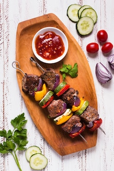 Pyszny arabski fast-food plateau flat lay