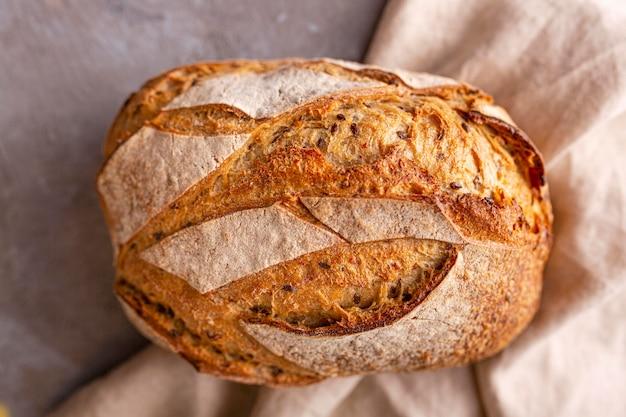 Pyszny chleb na ręcznik leżał płasko
