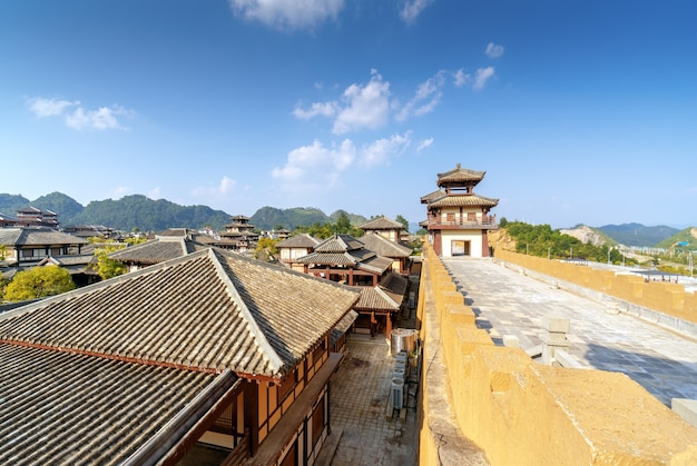 Qin i han starożytny park miejski, guizhou, chiny.